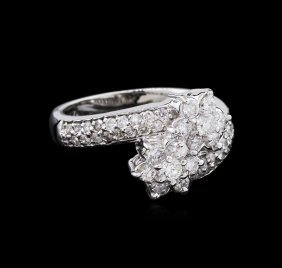 0.76ctw Diamond Ring - 14kt White Gold