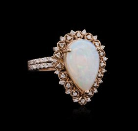 1.00ct Opal And Diamond Ring - 14kt Rose Gold