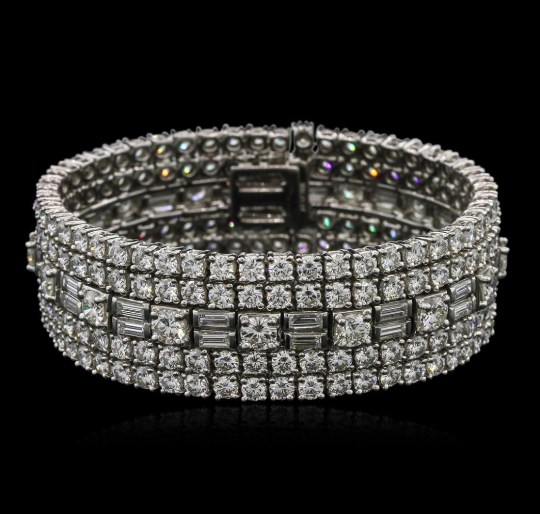 29.78ctw Diamond David Webb Bracelet - Platinum