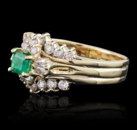 14kt Yellow Gold 0.50ct Emerald And Diamond Ring