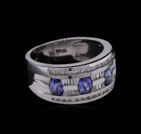0.35ctw Tanzanite And Diamond Ring - 14kt White Gold