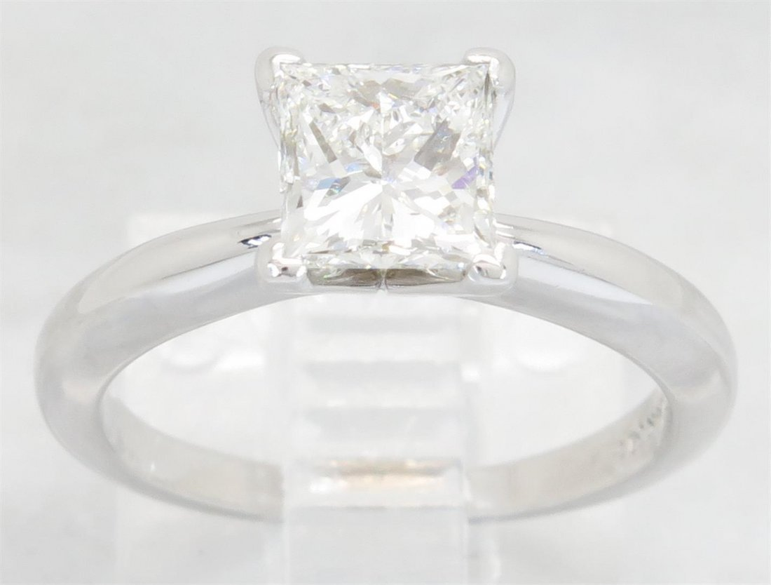 GIA Cert 1.01ct Diamond Ring - 14KT White Gold