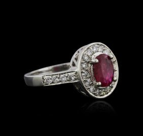 14kt White Gold 0.89ct Ruby And Diamond Ring