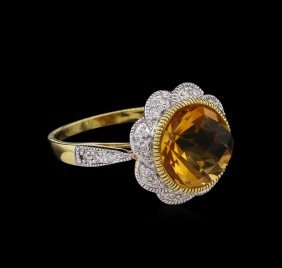 4.56ct Citrine And Diamond Ring - 14kt Yellow Gold