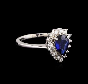 1.25ct Sapphire And Diamond Ring - 18kt White Gold