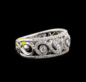0.46ctw Diamond Ring - 14kt White Gold