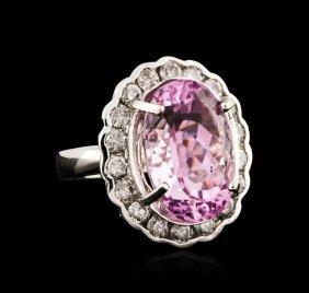 14kt White Gold 18.05ct Kunzite And Diamond Ring