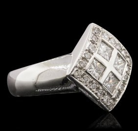 14kt White Gold 0.76ctw Diamond Ring