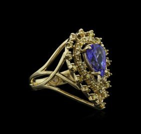 1.67ct Tanzanite And Diamond Ring - 14kt Yellow Gold