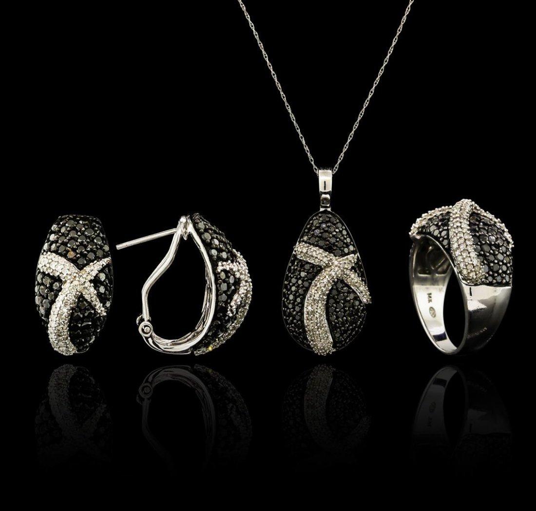 5.45ctw Black Diamond Pendant and Earrings Set - 14KT