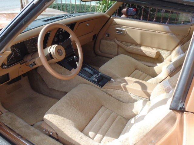 1982 Chevrolet Corvette T-Top - 2