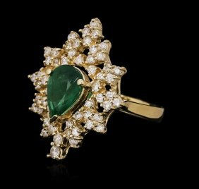 14kt Yellow Gold 1.82ct Emerald And Diamond Ring