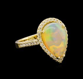 3.17ct Opal And Diamond Ring - 14kt Yellow Gold