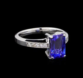 2.61ct Tanzanite And Diamond Ring - 14kt White Gold