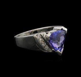 3.05ct Tanzanite And Diamond Ring - 14kt White Gold