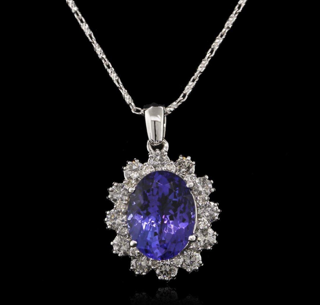 4.80 ctw Tanzanite and Diamond Pendant With Chain -
