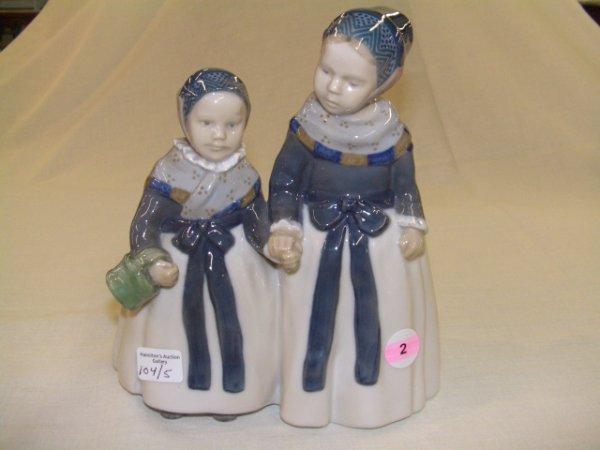 2: Copenhagen Denmark figurine 2 sisters holding hands