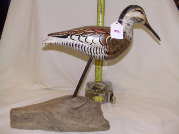 335: Vintage handcarved and painted mounted bird