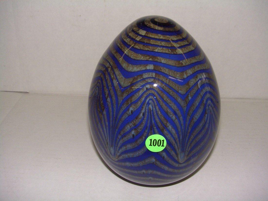 "1001: large art glass egg shape display 8"" tall"