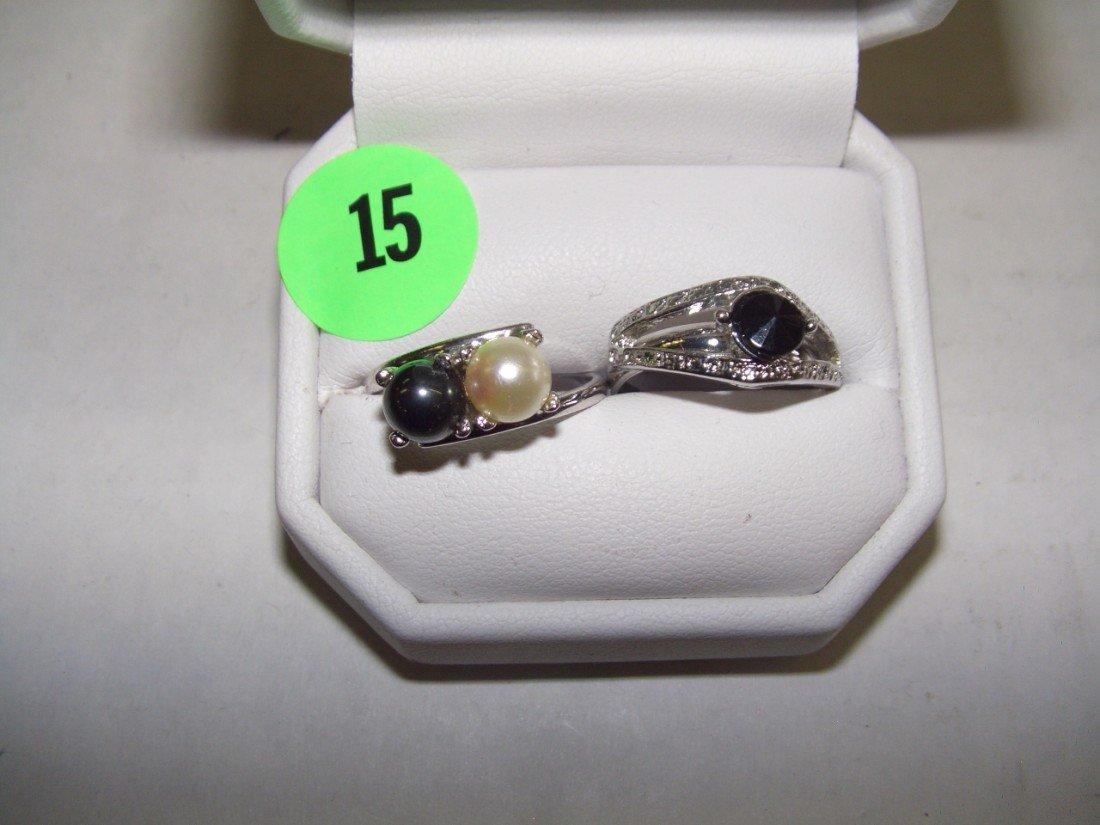 15: 2 piece estate silver rings jewelry