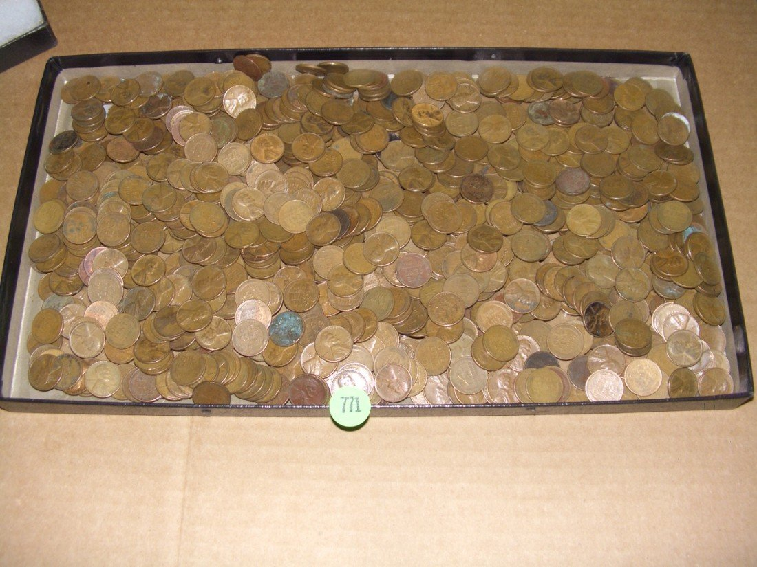 771: large collection of US Wheat cents