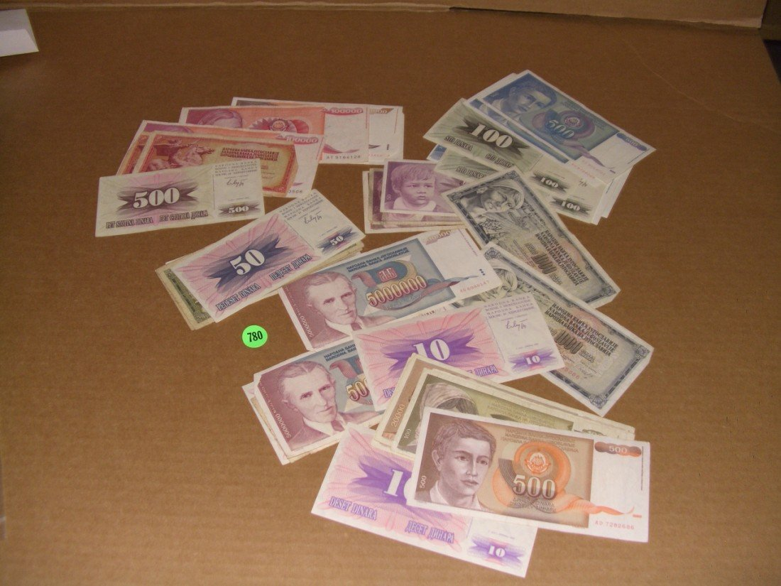 780: collection of foreign paper money