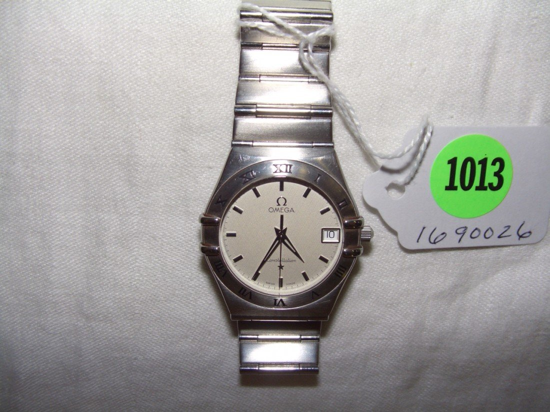 1013: vintage Man's (private estate)wristwatch  Omega C