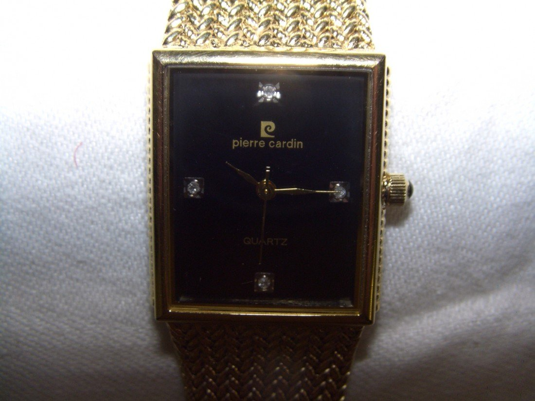 1021: PIERRE? CARDIN? COUTURE Gents Quartz Watch   C-16