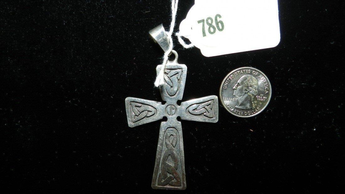 786: nice stamped sterling estate brooch