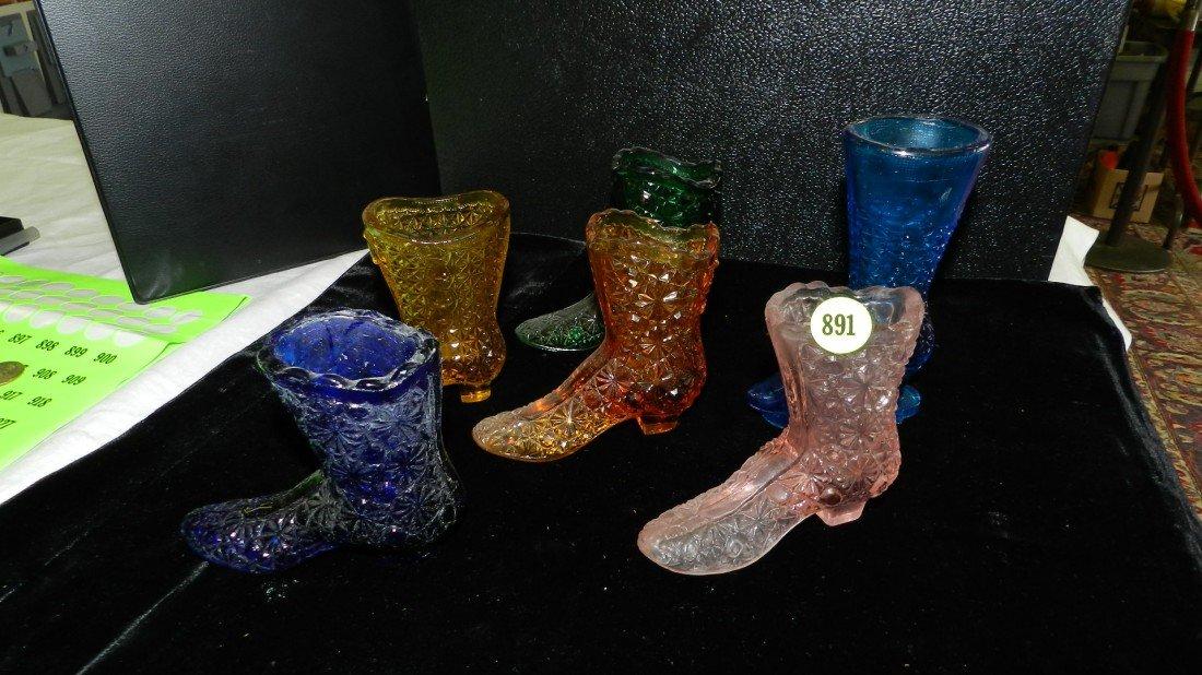 891: 6 piece Fenton? glass shoes / boots