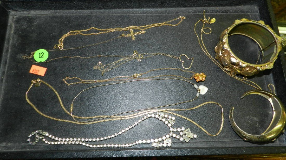 12: nice tray of estate jewelry (no tray)