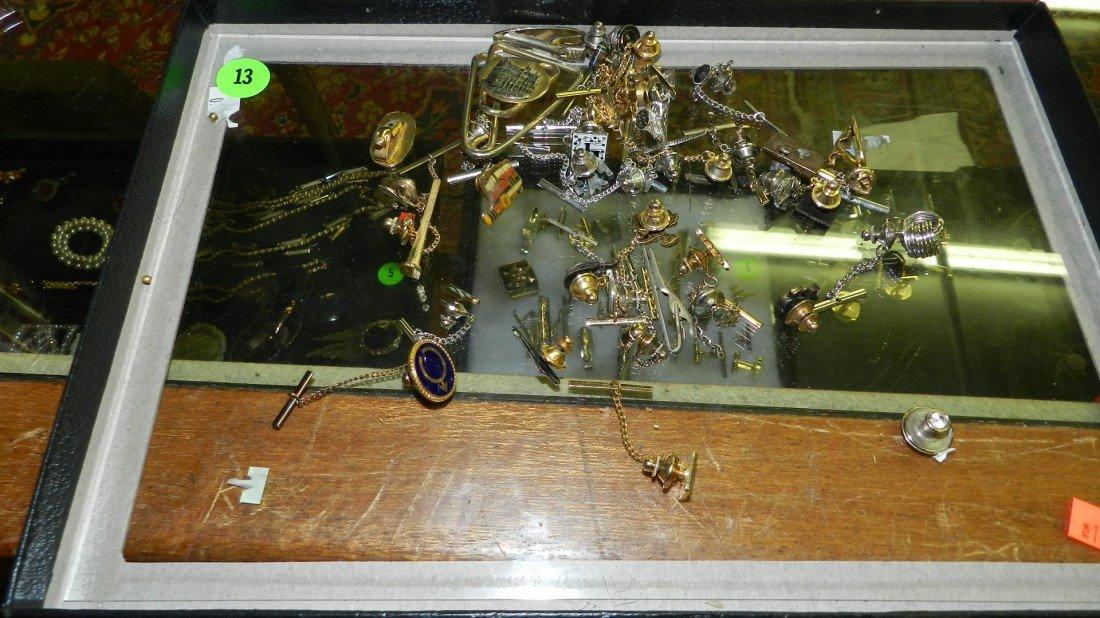 13: nice tray of estate jewelry (no tray)