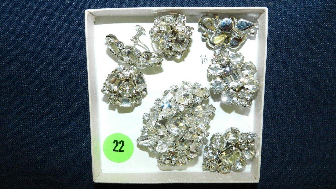 22: lovely rhinestone brooch & earrings