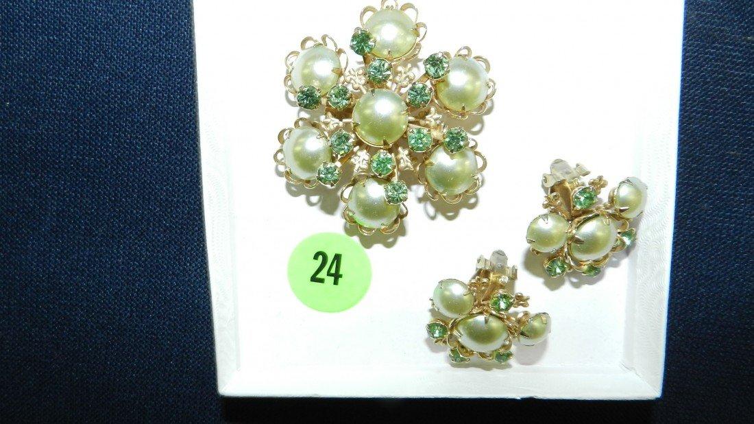 24: lovely rhinestone brooch & earring set