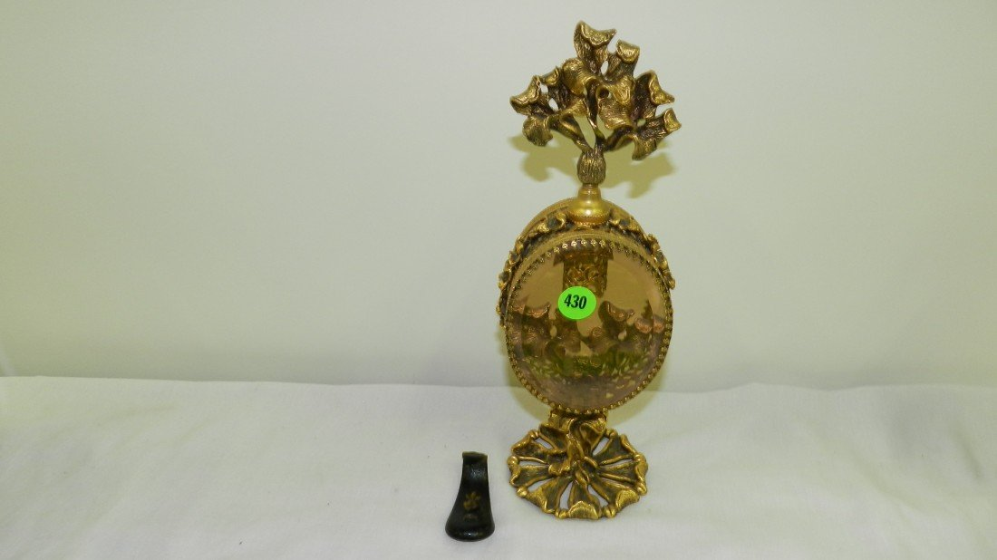 430: fancy metal four bottle dresser perfume display wi