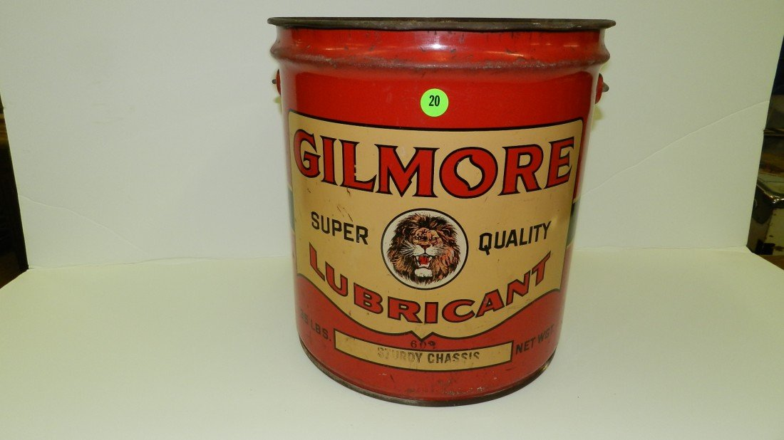 """20: vintage service station can """"Gilmore"""" lubricant"""