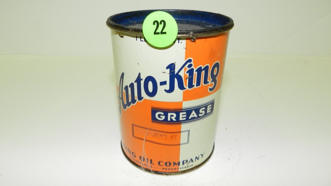 22: vintage service station Auto-King grease can