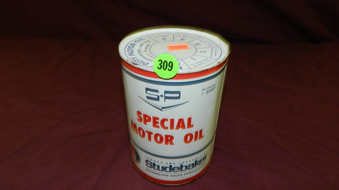 309: vintage service station collectible oil can