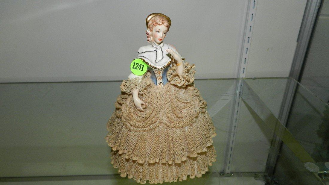 1241: bisque lady figurine