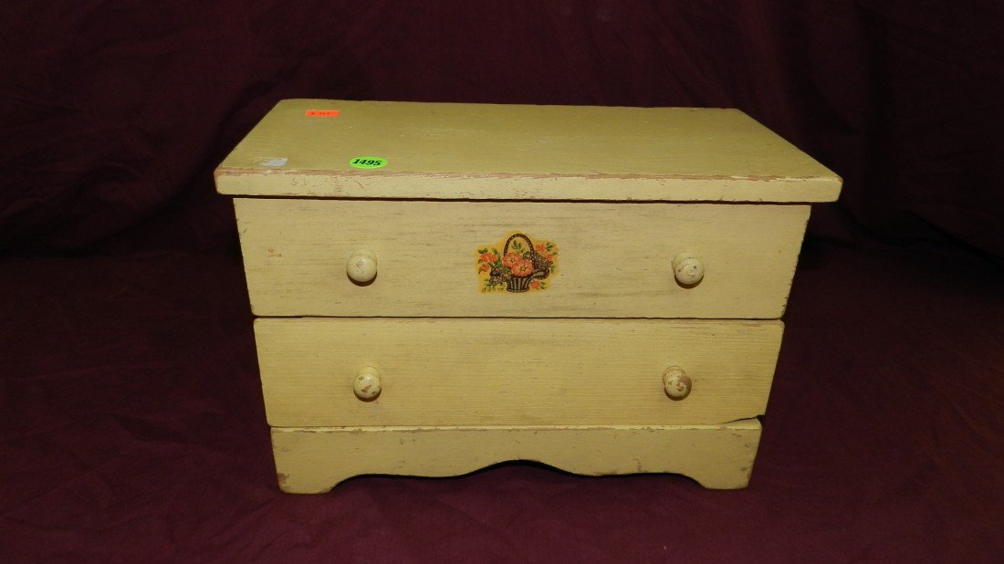 1495: vintage wooden child's doll dresser