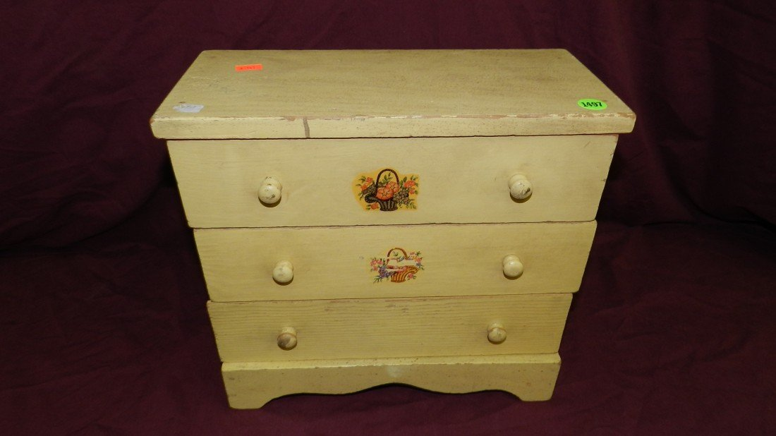 1497: vintage wooden child's doll dresser