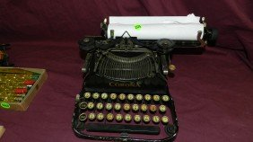 Neat Child's Vintage Toy Corona Typewriter