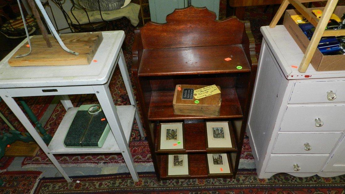 1601: small bookcase SSR