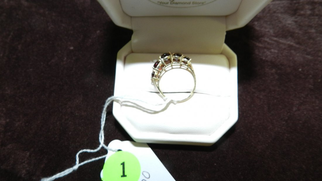 1: LOVELY LADIES GOLD AND GARNET RING - 2