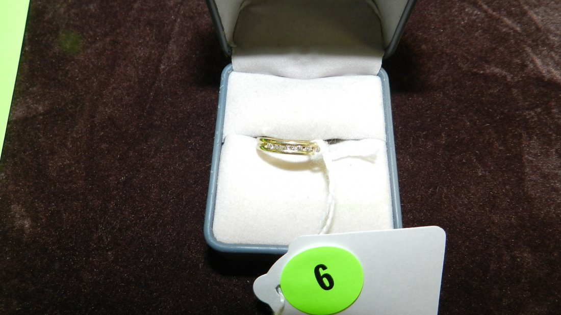 6: LOVELY LADIES GOLD AND CHANNEL SET DIAMOND RING