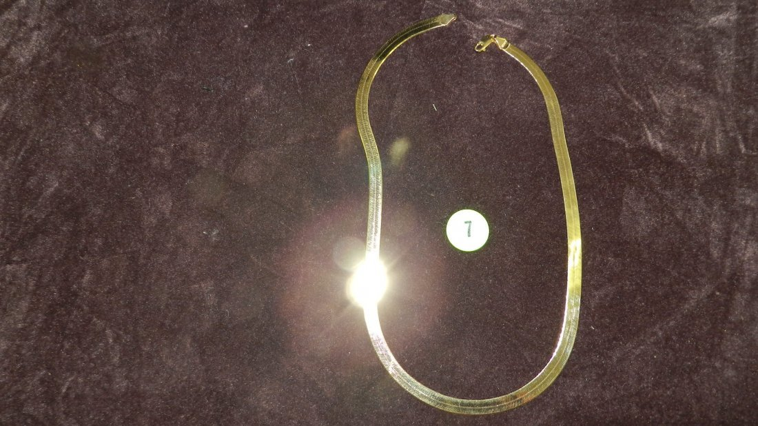 7: LOVELY LADIES GOLD 10kt NECKLACE