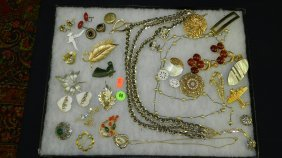 Tray Of Estate Jewelry (no Tray)