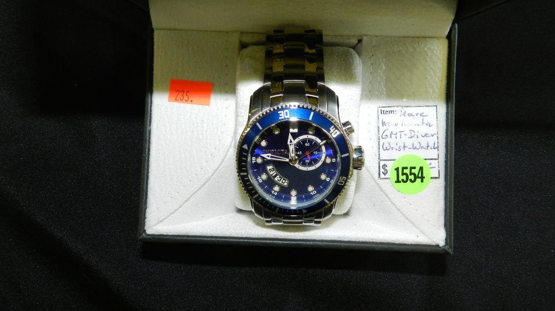 1554: super, mens Invicta GMT Diver wrist watch with bo
