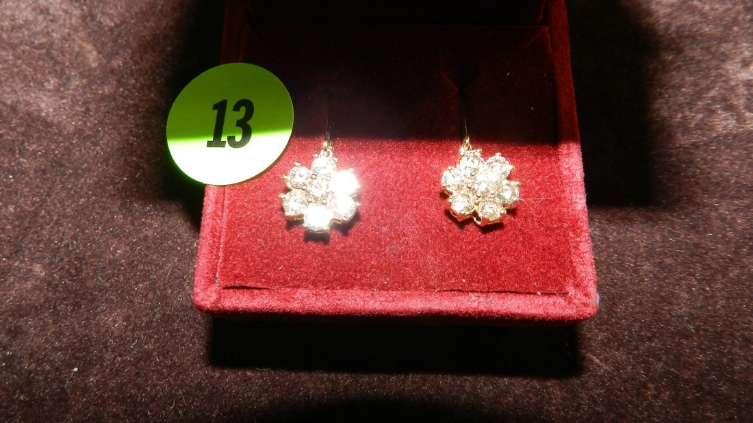 13: 2 piece lovely ladies gold (14KT) and diamond earri