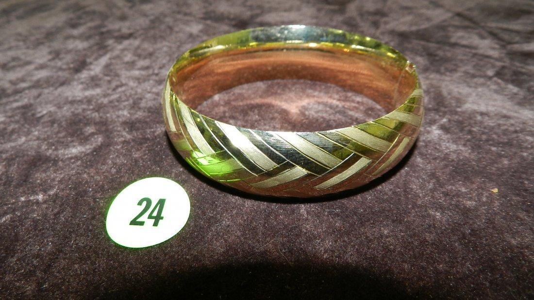 24: nice ladies gold (14KT) bangle bracelet TL gr's app